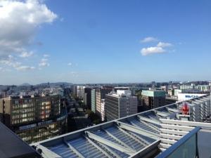 博多の不動産会社様と福岡市内を望む