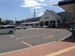 松山駅駅舎