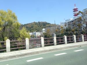 松山城を遥かに望む